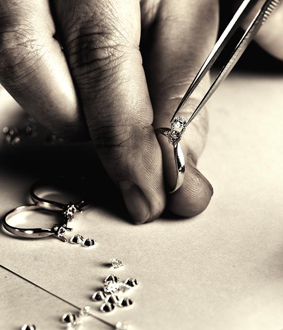 custom engagement rings bench jeweler
